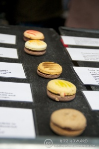macaroons at a market