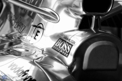 1/1000sec, f/4, ISO 1000, 105mm
